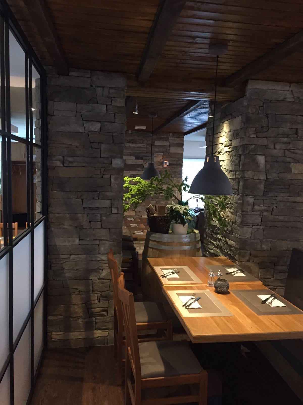 Restaurant Akropolis UG & Co KG