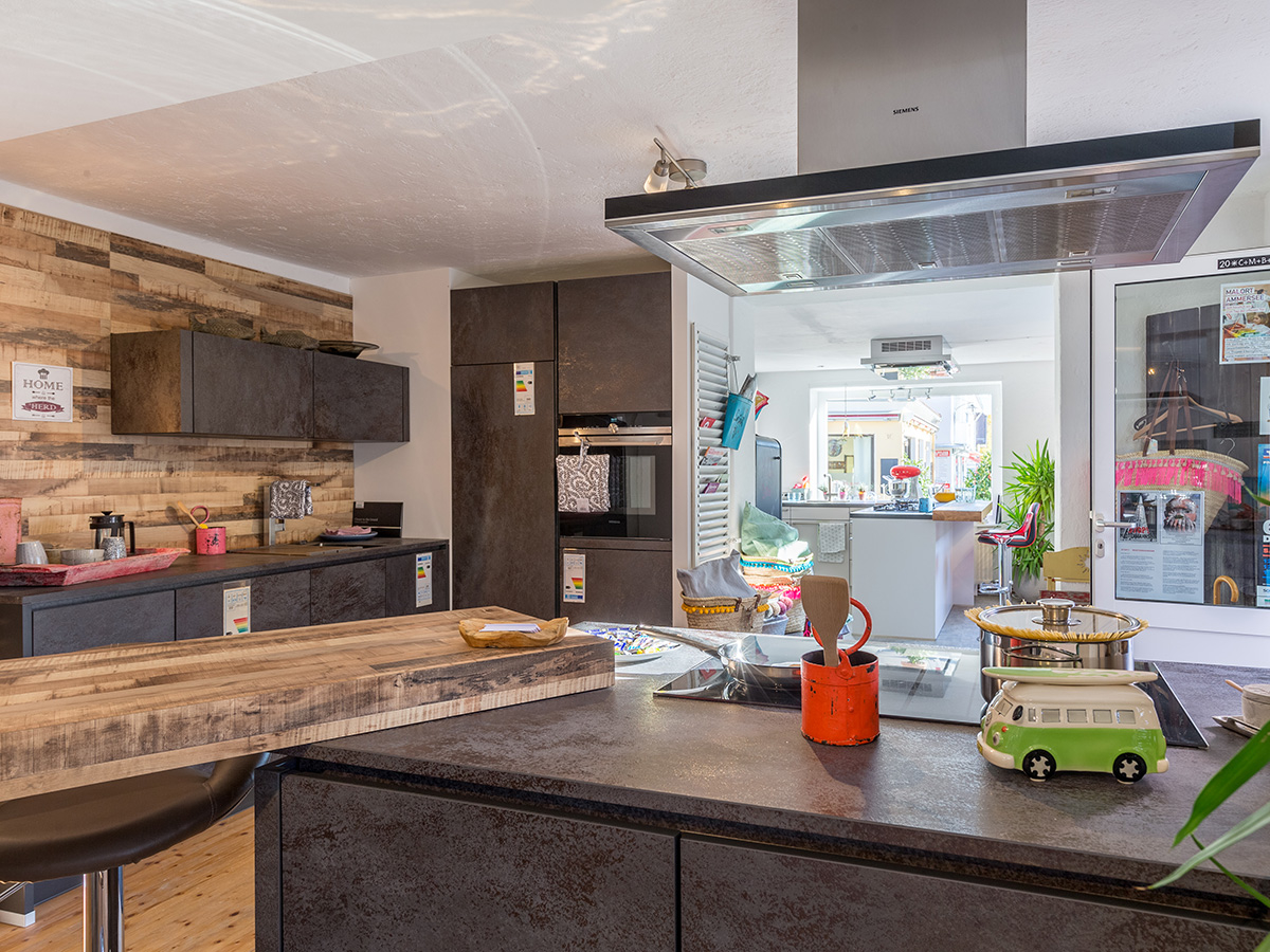 ammersee k chenstudio in die en am ammersee branchenbuch deutschland. Black Bedroom Furniture Sets. Home Design Ideas