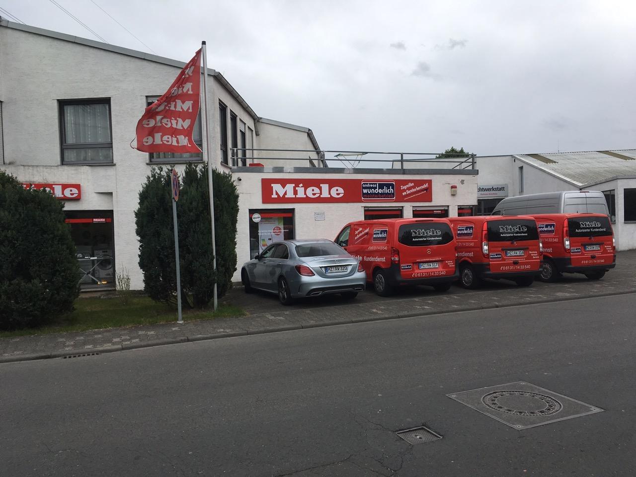 Andreas Wunderlich GmbH & Co. KG, Hausgeräte Kundendienst