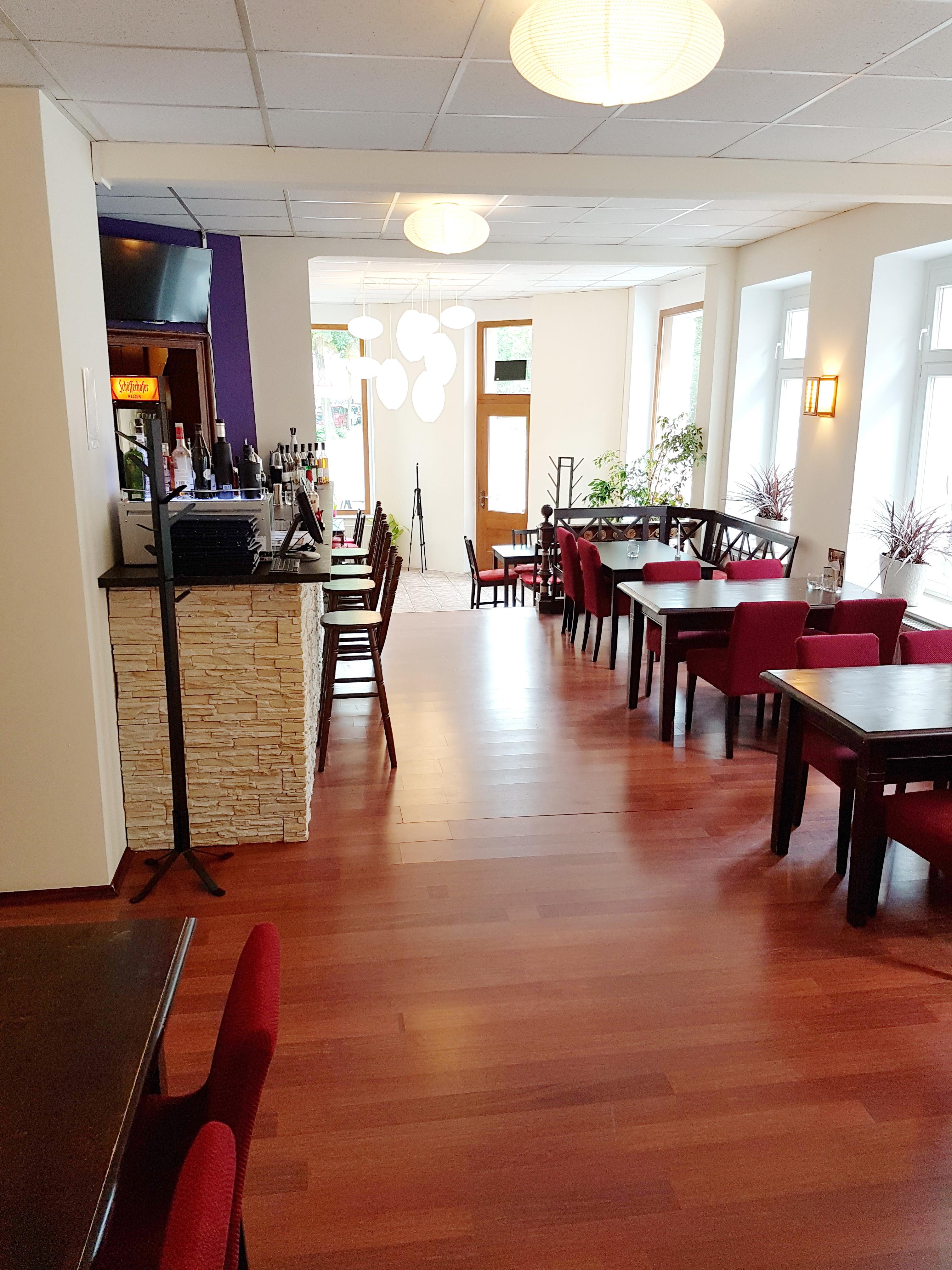 c o restaurant bar street food in leipzig branchenbuch deutschland. Black Bedroom Furniture Sets. Home Design Ideas