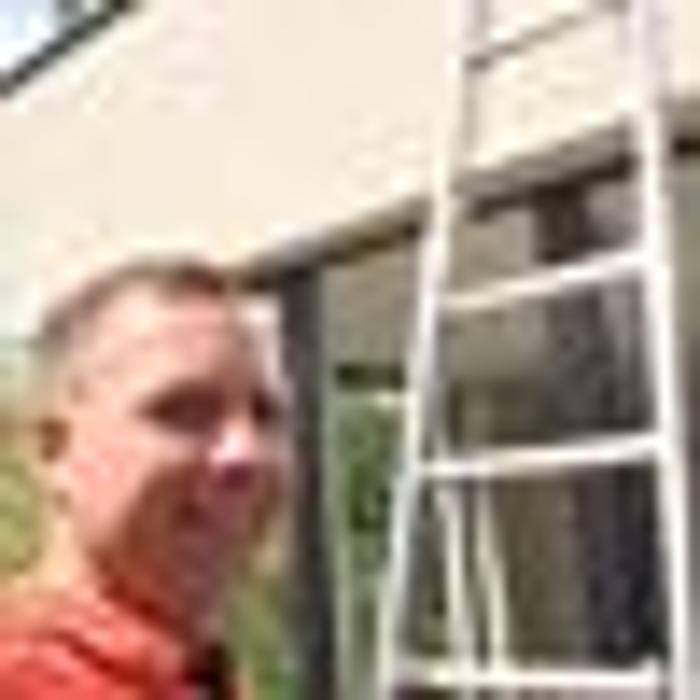 Bild zu S.R. Glas & Gebäudereinigung in Hasloh
