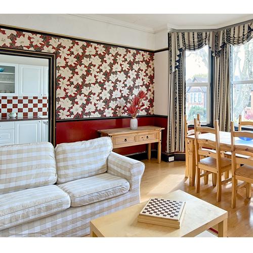 Glenthurston Holiday Apartments - London, London SE6 3AU - 020 8690 3092 | ShowMeLocal.com