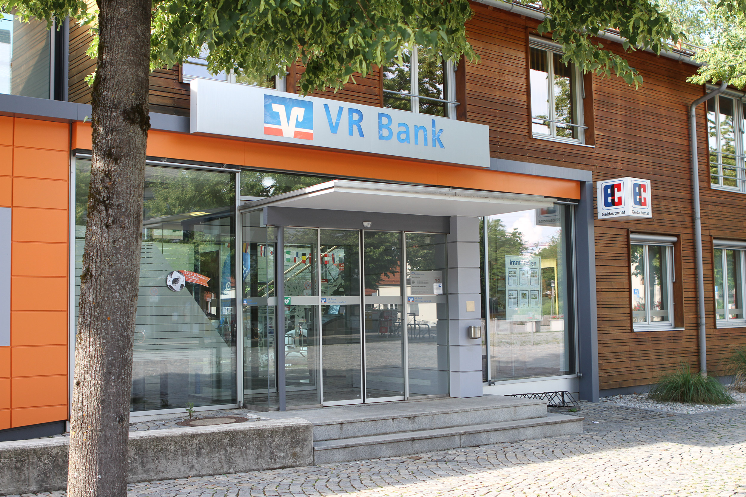 Foto de VR Bank München Land eG, Geschäftsstelle Kirchheim