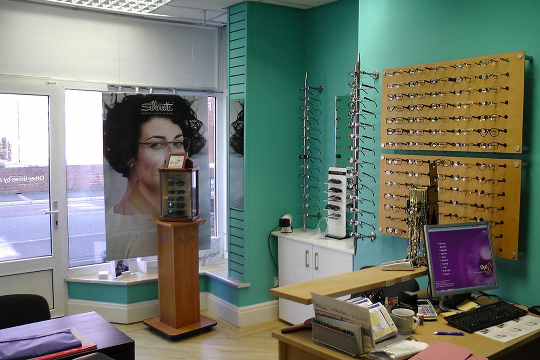 Suzanne Dennis Optometrist