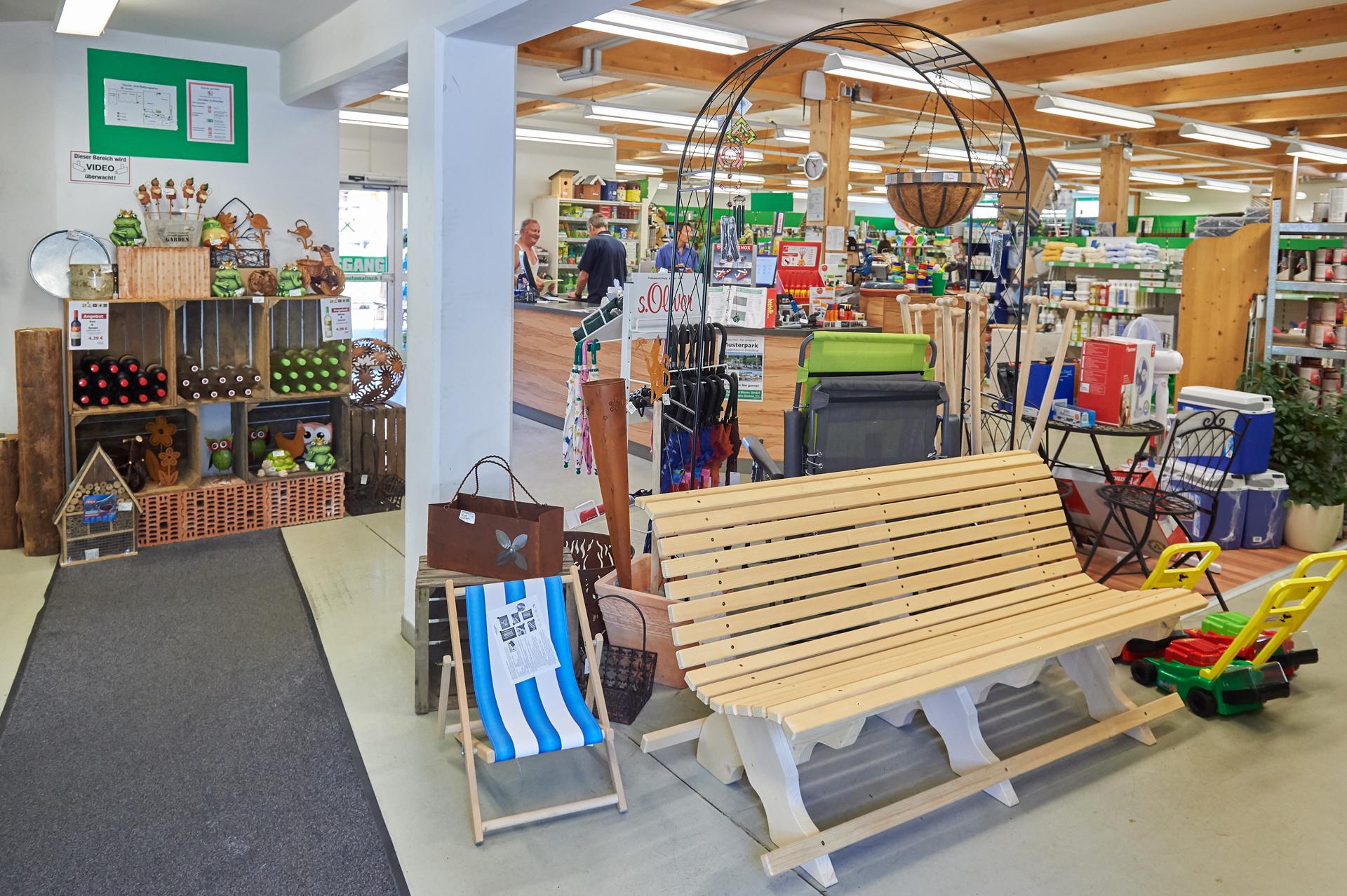 Fotos de Raiffeisen Waren GmbH Oberbayern Südost - Lagerhaus Siegsdorf
