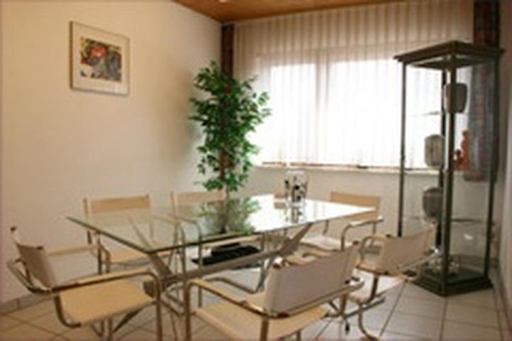 bestattungshaus fisch in gr nstadt branchenbuch deutschland. Black Bedroom Furniture Sets. Home Design Ideas