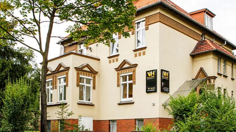 Dentallabor Vill & Hapke GmbH, Altensteinstraße in Berlin