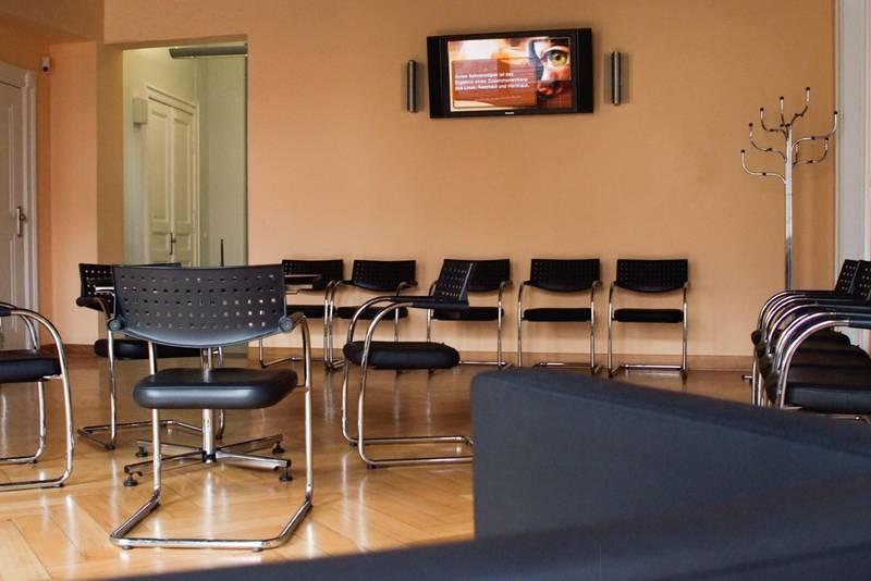industrielle fertigung und auslieferung in erfurt infobel deutschland. Black Bedroom Furniture Sets. Home Design Ideas