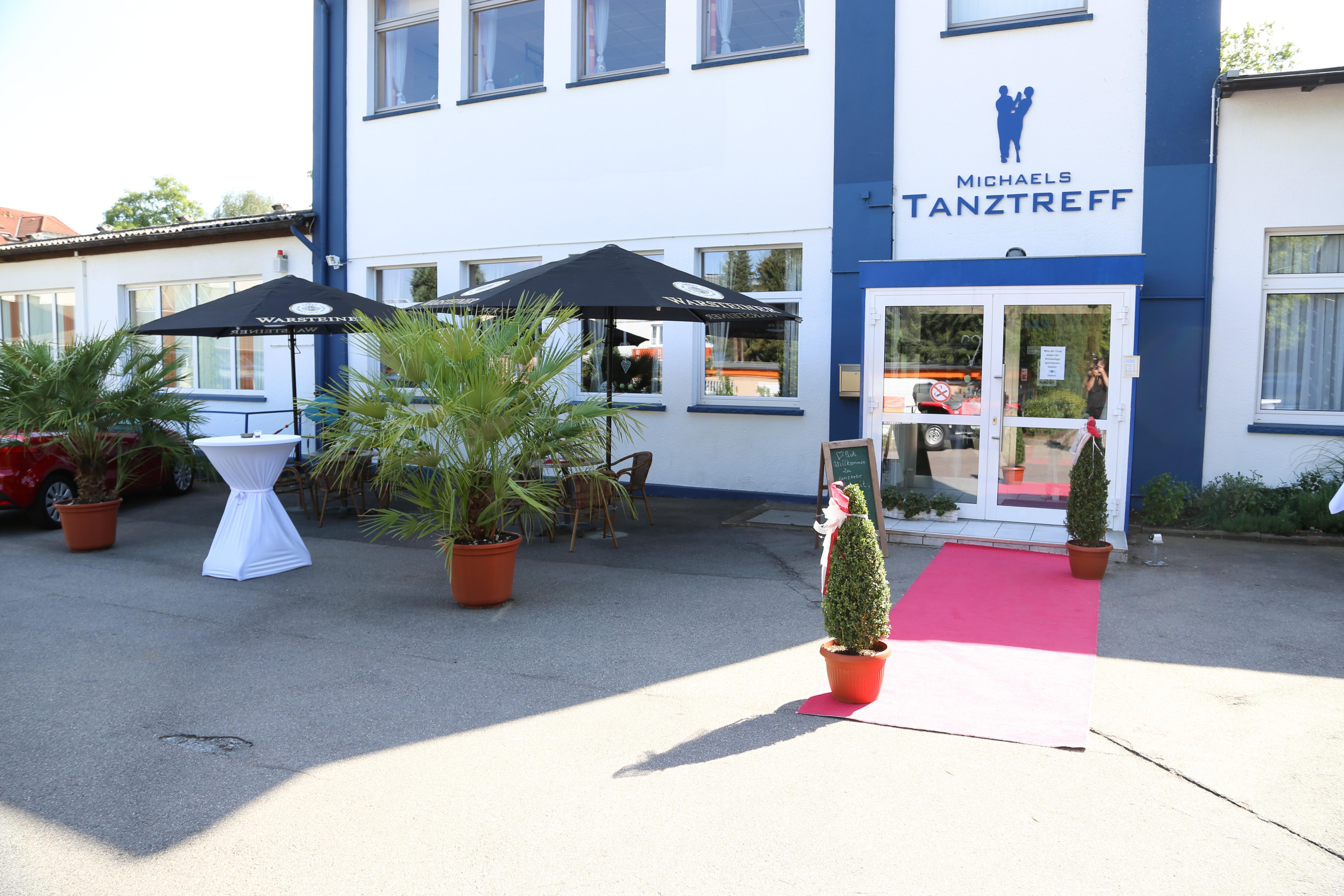 unterhaltung k nste tanz in iserlohn infobel deutschland. Black Bedroom Furniture Sets. Home Design Ideas