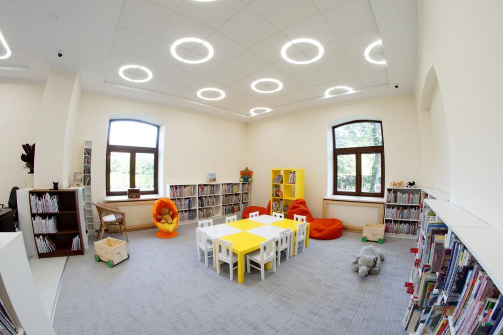 beleuchtung in berlin leuchten. Black Bedroom Furniture Sets. Home Design Ideas