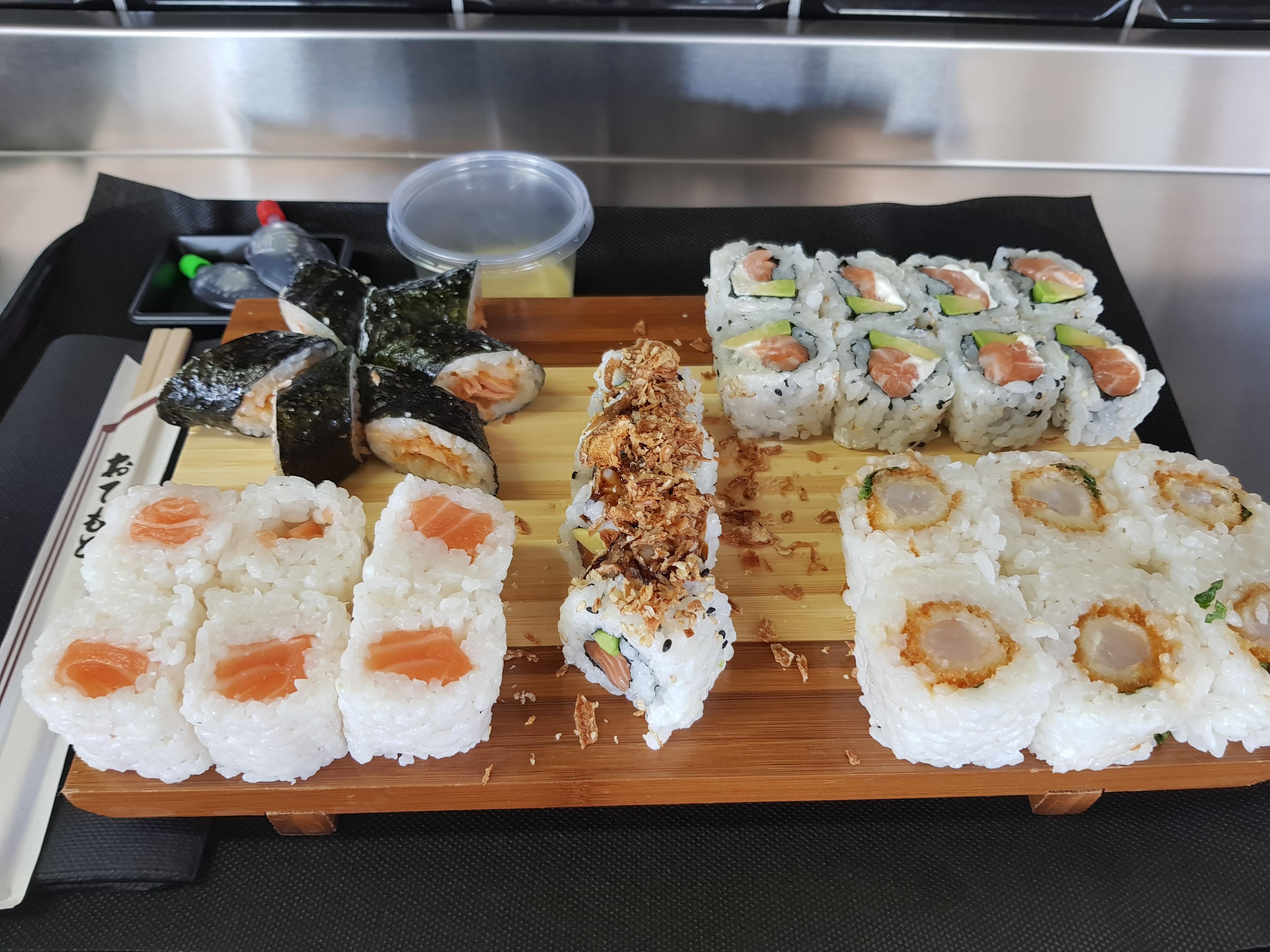 sushi'n wok