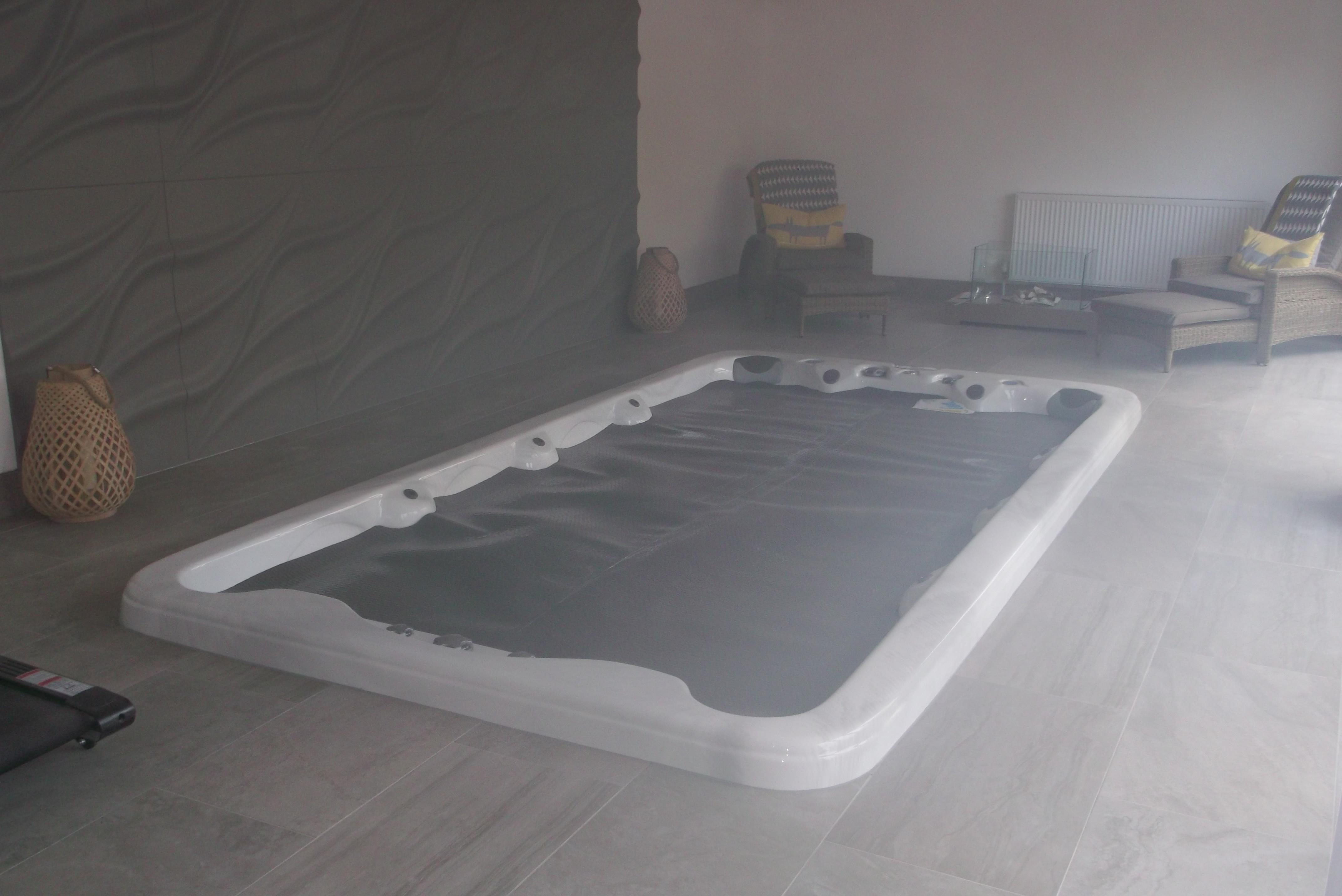 T & T Tiling