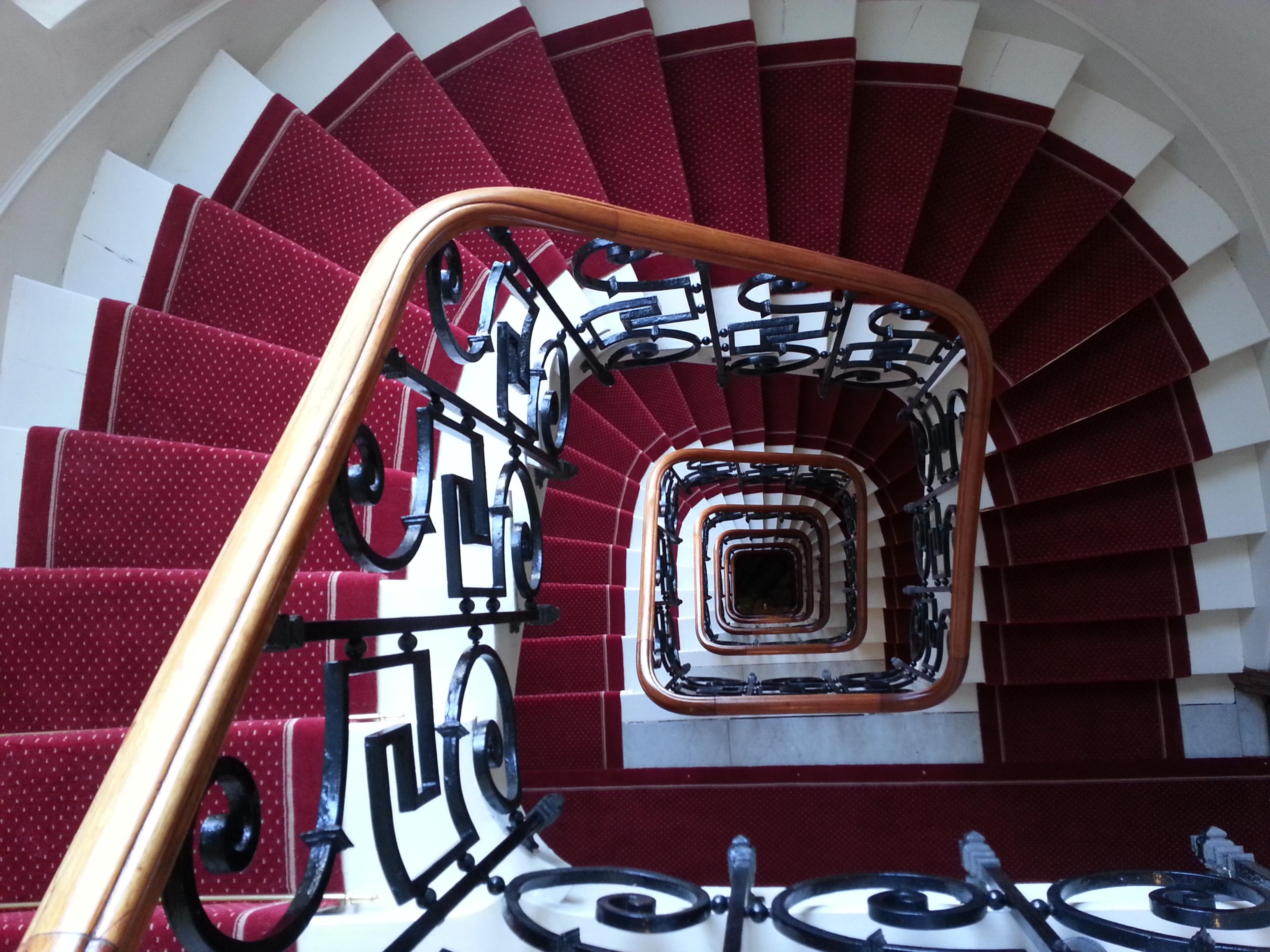 L'ATELIER Tapis d'Escalier & Moquette
