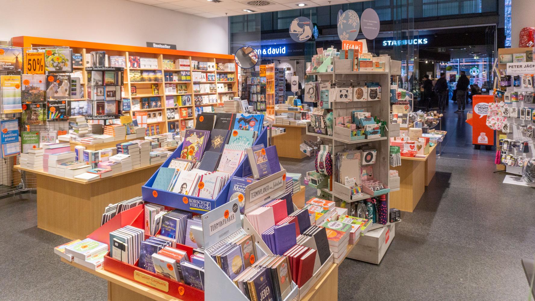 Schmitt & Hahn Buch und Presse im Hauptbahnhof Freiburg