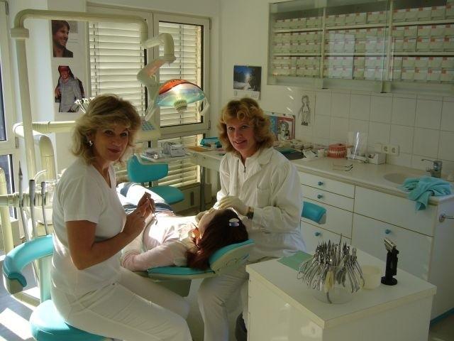 Dr. Isabella Szalay-Fasching - Kieferorthopädie
