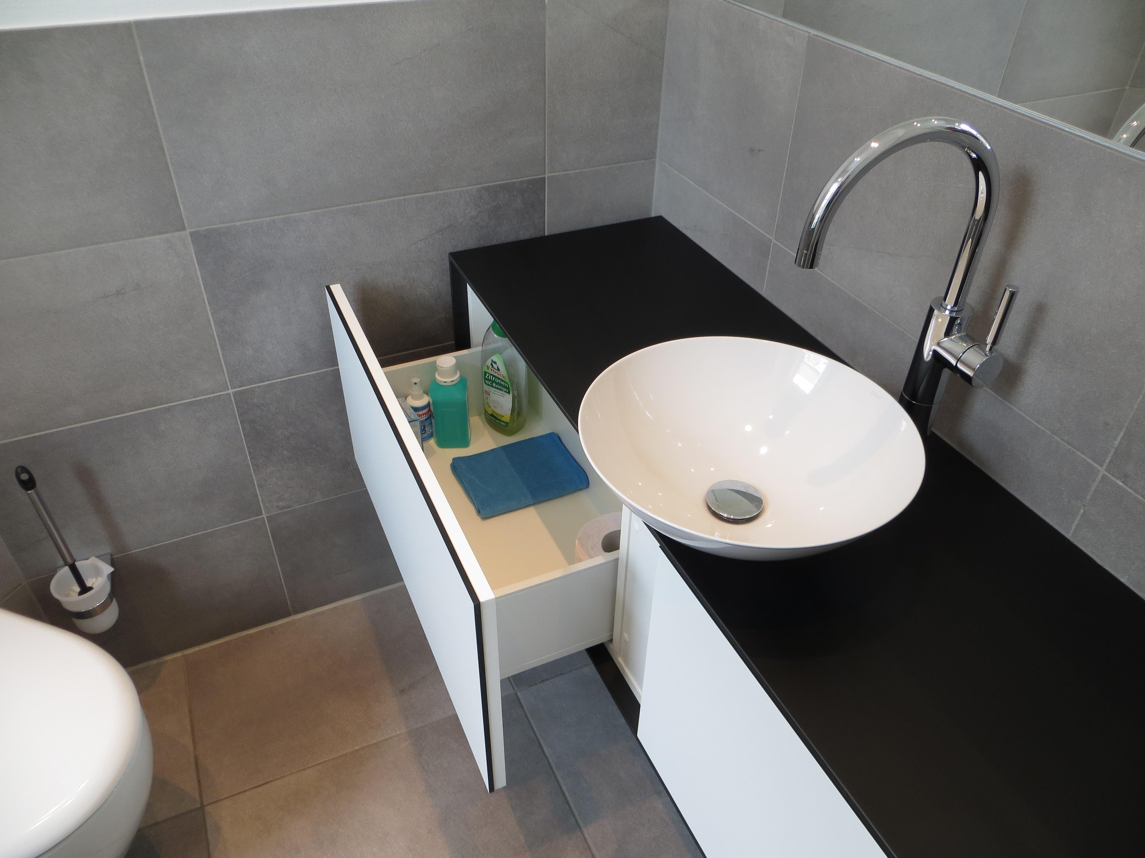 tischlerei schreinerei objekteinrichtungen sartor gmbh einbruchschutz glaser in 44575 castrop. Black Bedroom Furniture Sets. Home Design Ideas