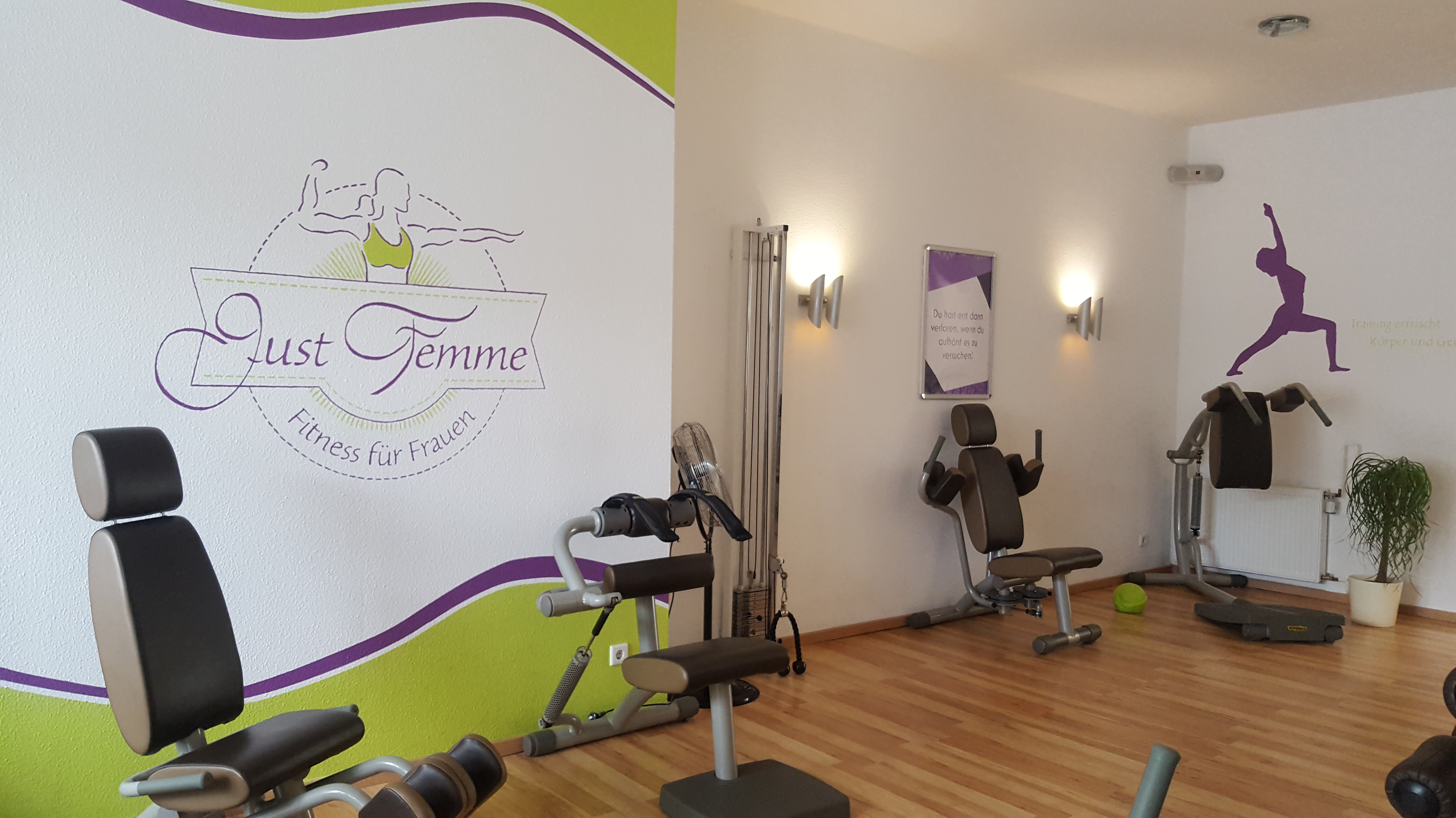 Just Femme - Fitness für Frauen - Rehabilitation & Prävention