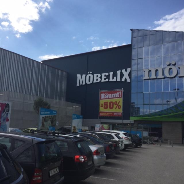 Möbelix Wels 2, LCW