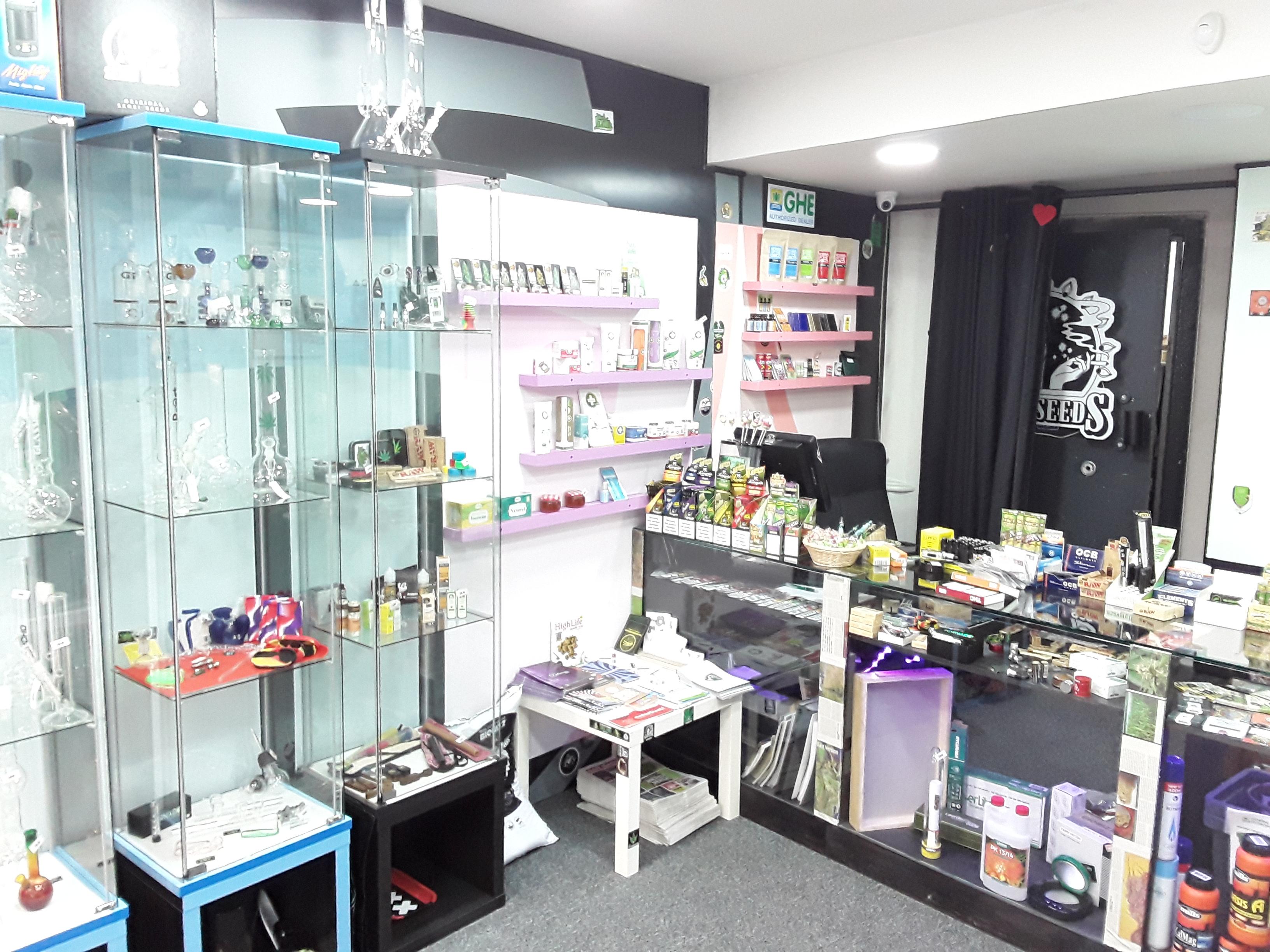 Pajarraco - Headshop & Seedbank