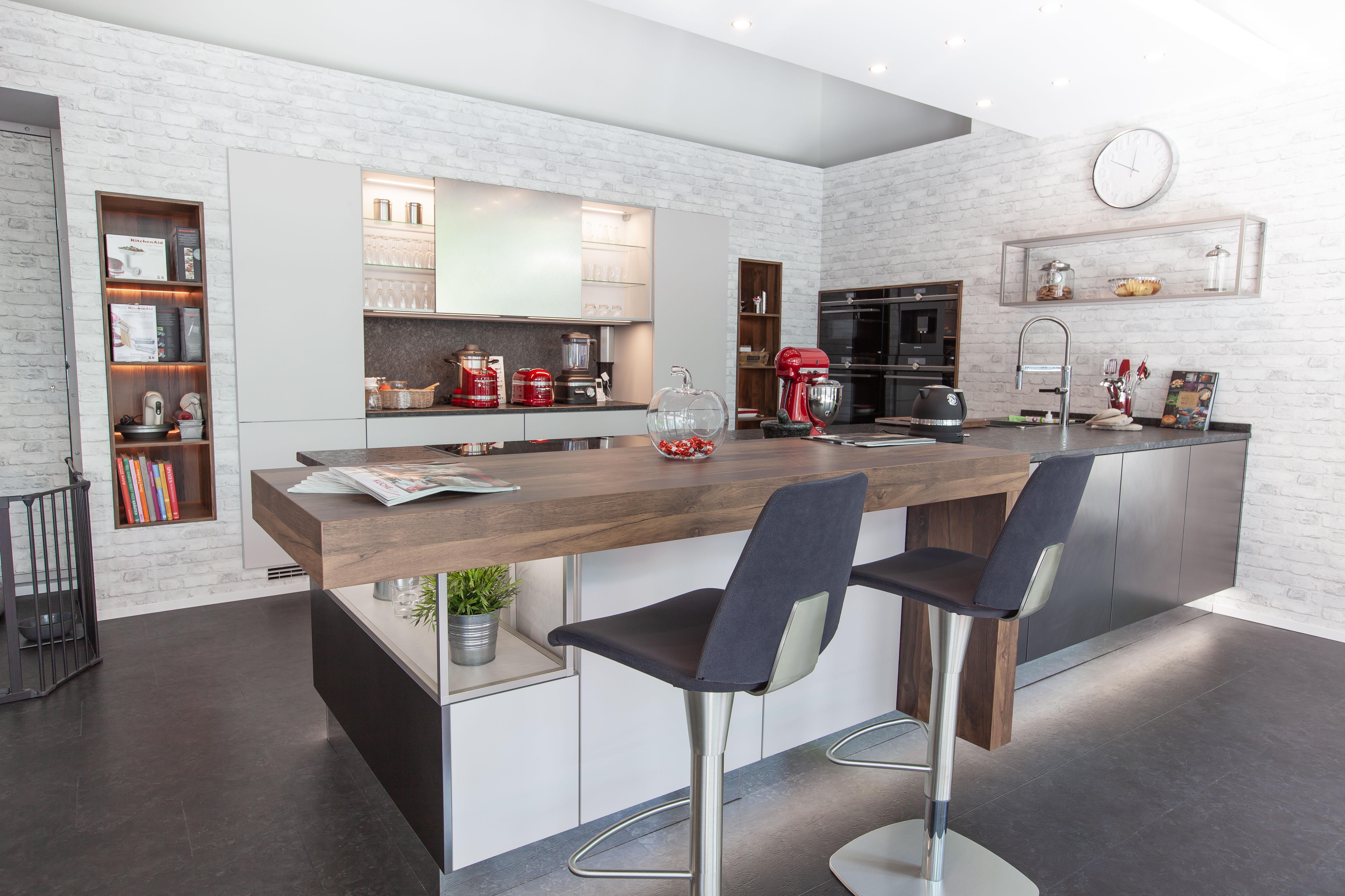 haus garten m bel in hamburg infobel deutschland. Black Bedroom Furniture Sets. Home Design Ideas
