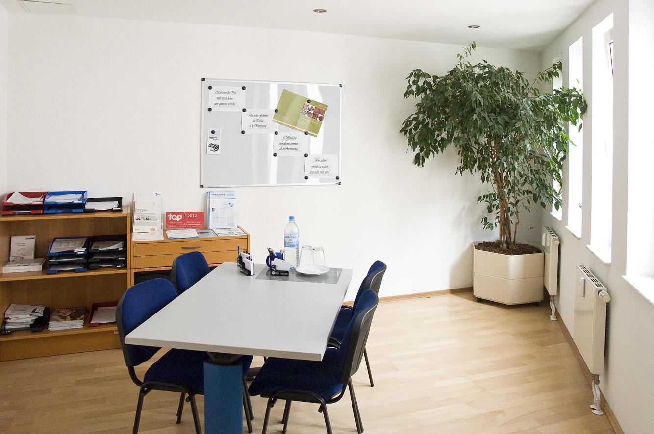 job in wuppertal ihre suche ergab 113 treffer infobel deutschland. Black Bedroom Furniture Sets. Home Design Ideas