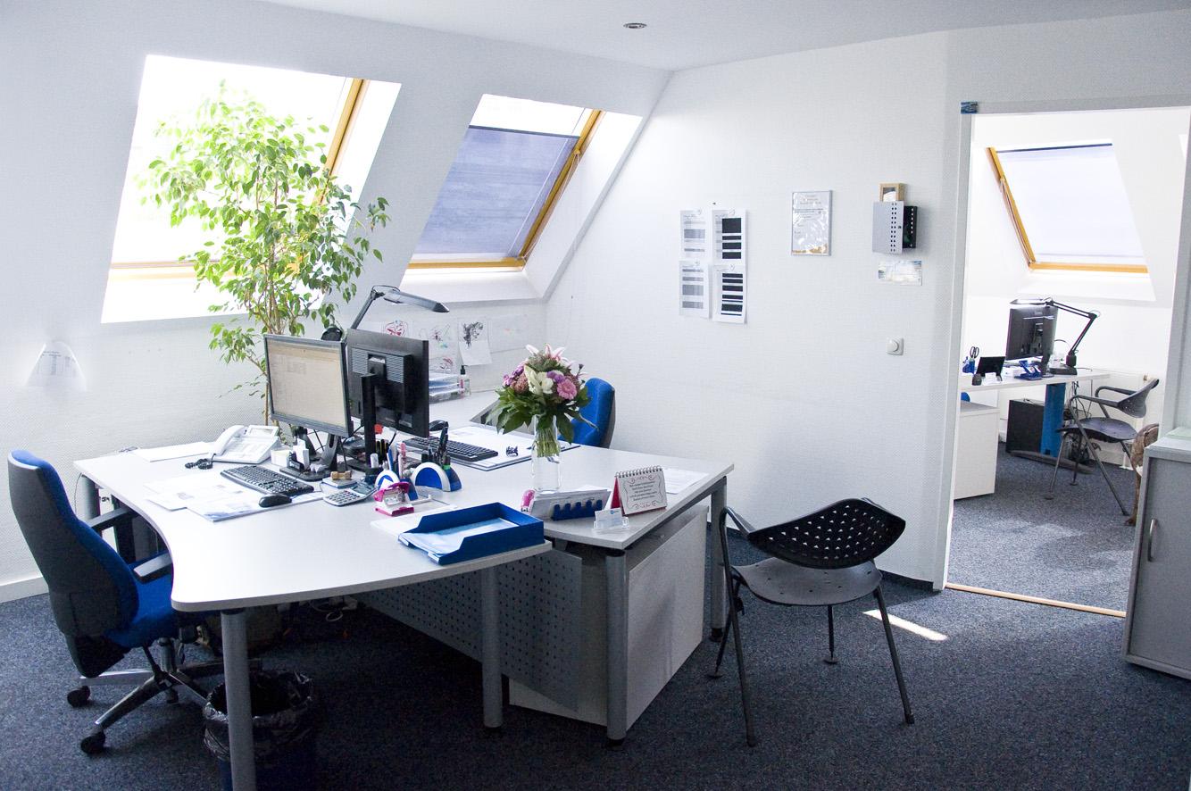 job in wuppertal infobel deutschland. Black Bedroom Furniture Sets. Home Design Ideas