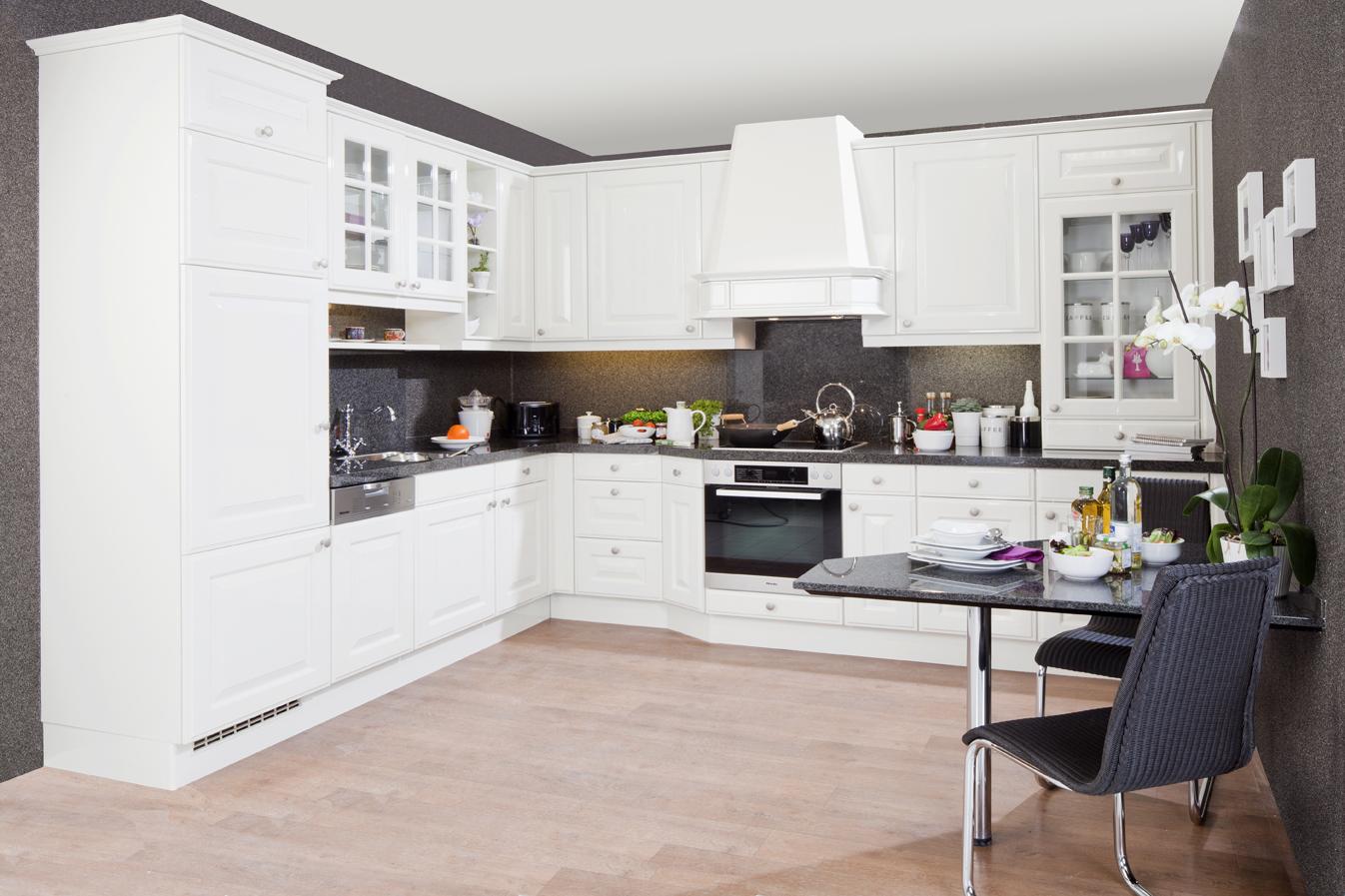 Kuchen in krefeld kuechenstudio for Küchenstudio krefeld