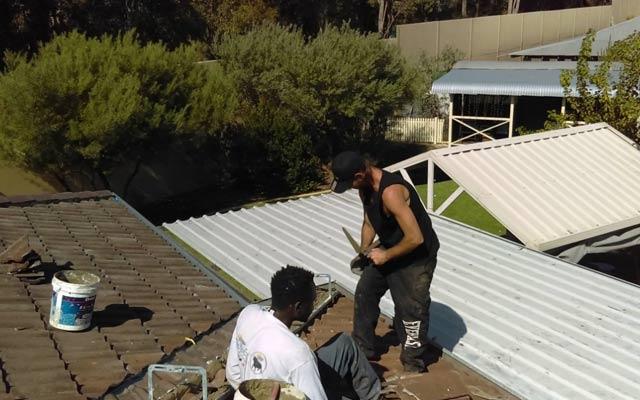 Tut Roofing