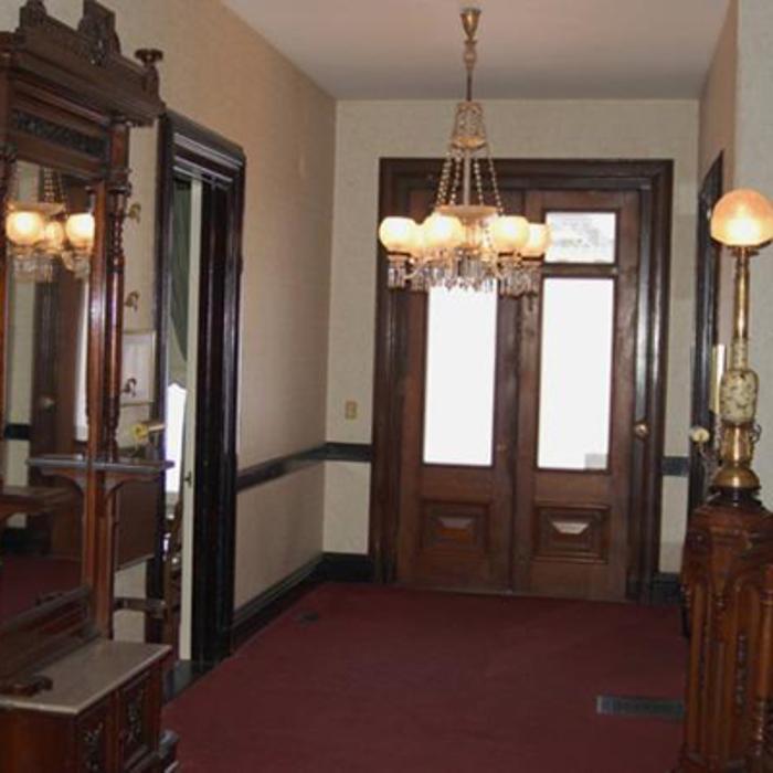 Lyons Funeral Home - Thomaston, CT