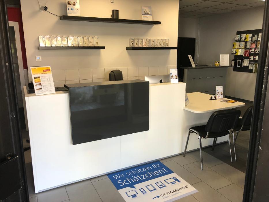 phone service center mannheim mannheim lemaitrestra e 4 6 ffnungszeiten angebote. Black Bedroom Furniture Sets. Home Design Ideas