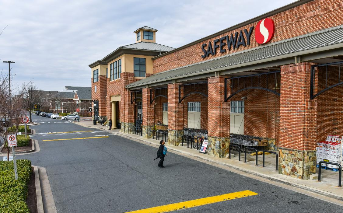 Shops at Town Center & Century Station - Germantown, MD
