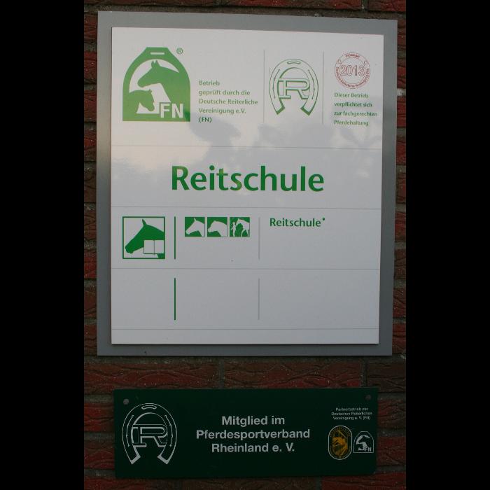 Bild zu Broicher Hof - Reiten für Klein und Groß in Mönchengladbach