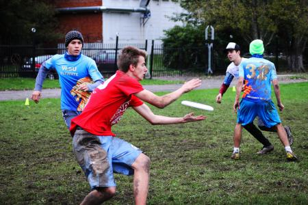 Азамат Курбанбердыев на турнире Кубок Столетовых 2013