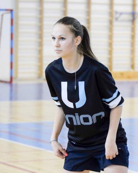 Марина Сидунова на турнире Женская лига ЦР-2