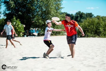Егор Штанько на турнире Kyiv Beach Hat 2020