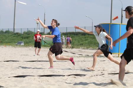 Аліна Чупрунова на турнире Spring Beach Hat 2013