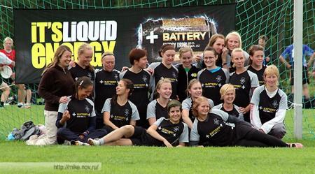 Команда Helsinki Ultimate натурнире EUCS NE 2007 (ЖД, 1/6)