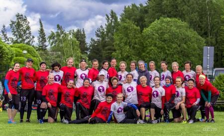 Команда Cosmic Girls натурнире 1й этап Финской Лиги 2015 (ЖД, 1/9)