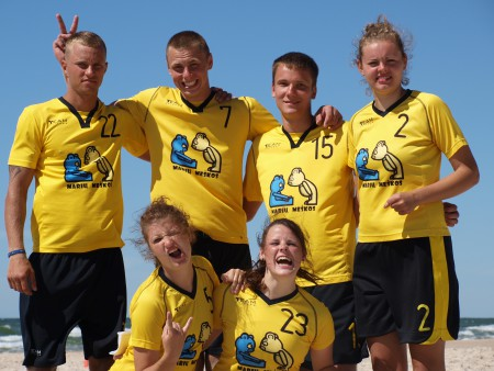 Команда Marių Meškos натурнире Sun Beam 2012 (Микс дивизион, 4/10)