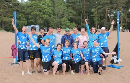 Команда СкайБро натурнире Вызов Питера 2015 (Микс дивизион, 4/9)