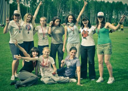 Команда Бриллианс натурнире Брест без границ 2012 (ЖД, 2/6)
