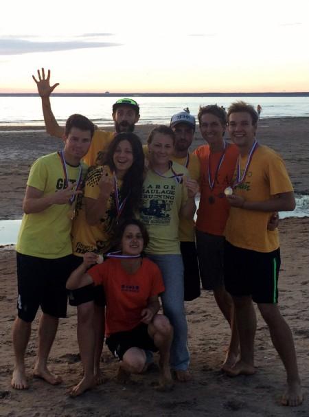 Команда A1 желтые натурнире Beach Games 2015 (Микс дивизион, 2/6)