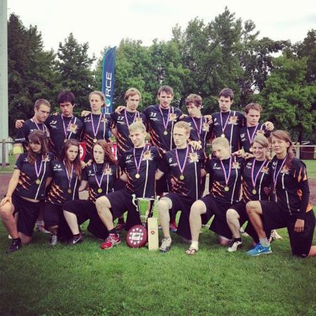 Команда Bear Cavalry натурнире XEUCF 2013 (Микс дивизион, 1/16)
