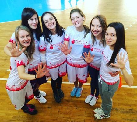 Команда High Five натурнире Yo-Yolka 2016 (ЖД, 6/9)