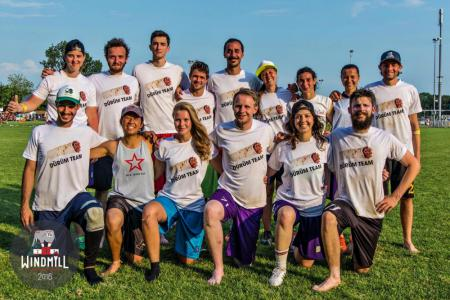 Команда Dürüm Team натурнире Windmill Windup 2016 (Микс дивизион, 34/40)