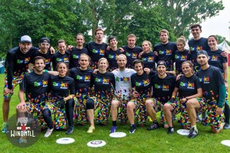 Команда Rubik's Cube натурнире Windmill Windup 2016 (Микс дивизион, 30/40)