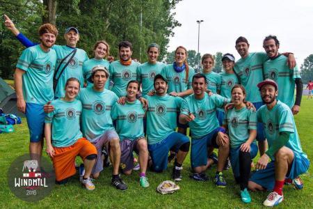 Команда Guayota натурнире Windmill Windup 2016 (Микс дивизион, 23/40)