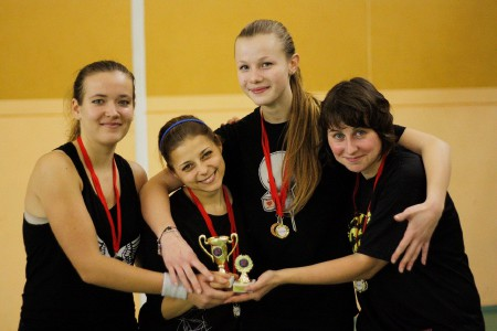 Команда Шестое Солнце натурнире Winter Brest 2010 (ЖД, 2/6)