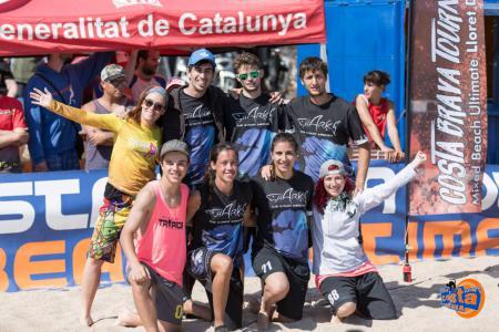 Команда Sharks натурнире Costa Brava 2017 (МД, 17/22)