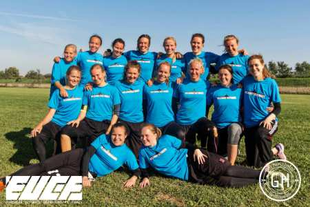 Команда Helsinki Ultimate Women на турнире EUCF 2017 (ЖД, 6/12)